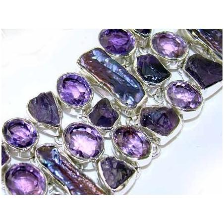 Bracelet with Amethyst Faceted, Biwa Pearl, Amethyst Rough Gemstones