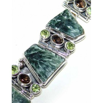 Bracelet with Seraphinite, Garnet Faceted, Peridot...