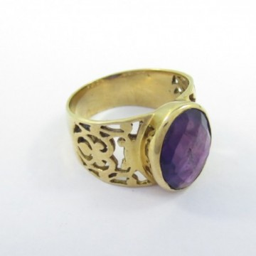 Elegant style Amethsyt Gemstone Fashion Ring