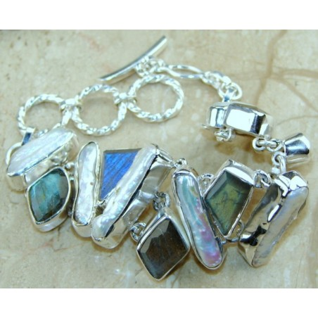 Bracelet with Labradorite, Biwa Pearl Gemstones