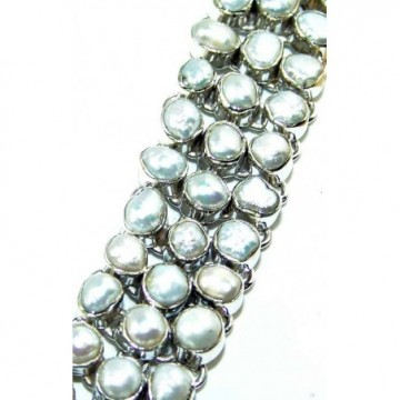 Bracelet with Pearl Gemstones